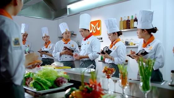 Lớp học trung cấp nấu ăn
