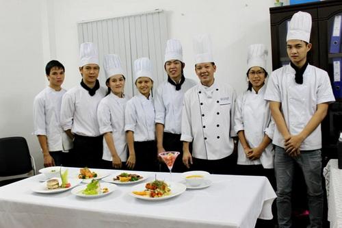 Tuyển sinh Trung cấp nấu ăn